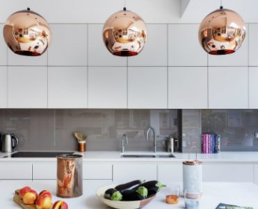 A Modern Kitchen Decor with Copper Lamps and Vintage Details copper lamps A Modern Kitchen Decor with Copper Lamps and Nordic Details A Modern Kitchen Decor with Copper Lamps and Vintage Details feat 371x300