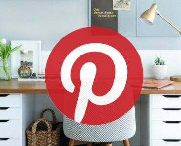 What's Hot on Pinterest- Mid-Century and Scandinavian Lighting Designs scandinavian lighting designs What's Hot on Pinterest: Mid-Century and Scandinavian Lighting Designs Whats Hot on Pinterest Mid Century and Scandinavian Lighting Designs feat 371x300
