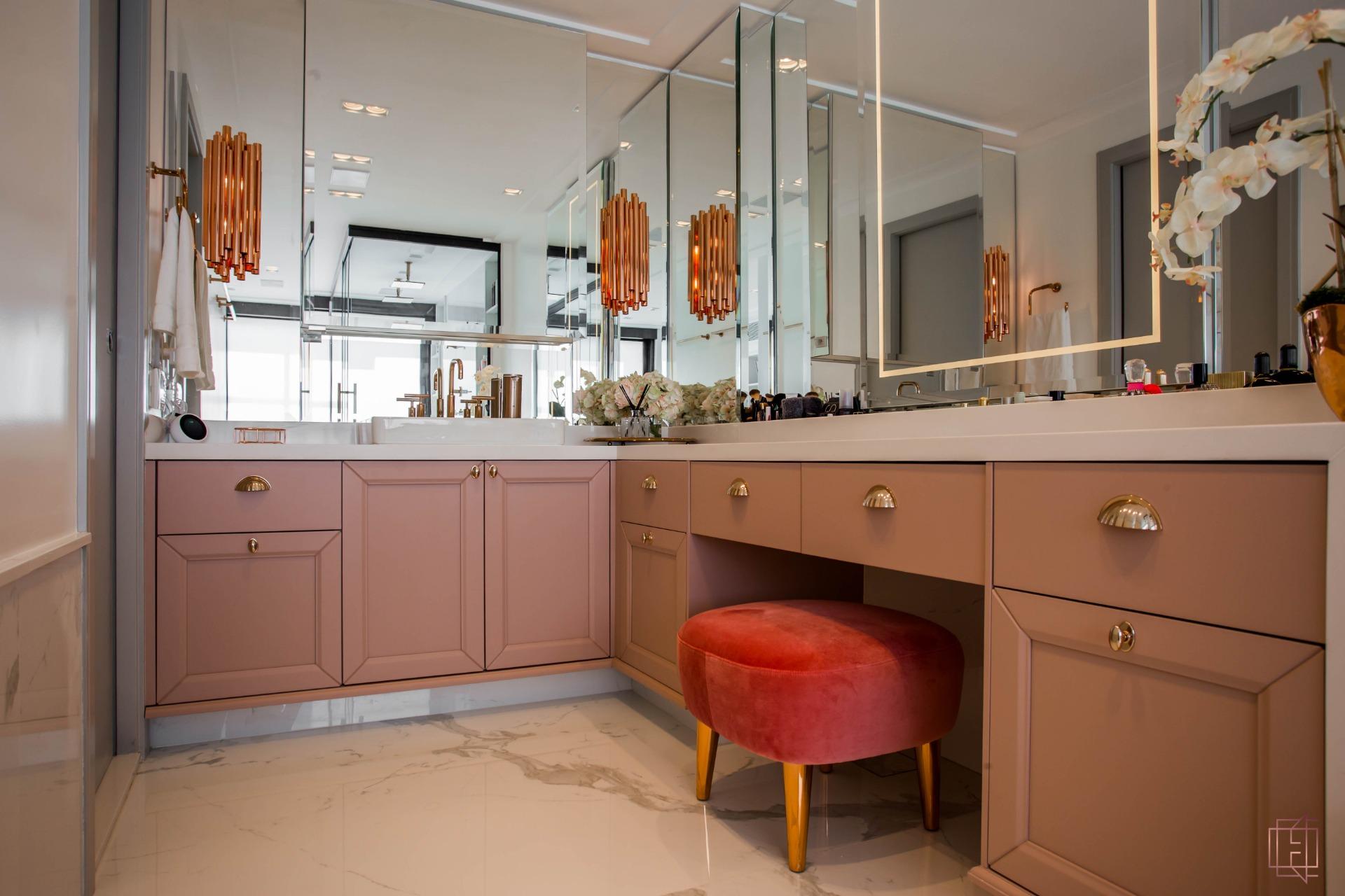 electrix design European Classic Meets Art Décor: CHECK OUT ⬇️ This Luxurious Penthouse in Brazil By Electrix Design! 1 17
