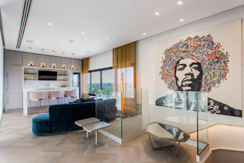 European Classic Meets Art Décor: CHECK OUT ⬇️ This Luxurious Penthouse in Brazil By Electrix Design! electrix design European Classic Meets Art Décor: CHECK OUT ⬇️ This Luxurious Penthouse in Brazil By Electrix Design! BarElectrix