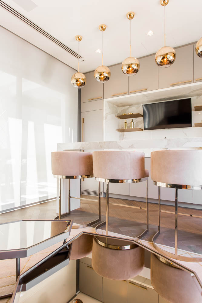 European Classic Meets Art Décor: CHECK OUT ⬇️ This Luxurious Penthouse in Brazil By Electrix Design! electrix design European Classic Meets Art Décor: CHECK OUT ⬇️ This Luxurious Penthouse in Brazil By Electrix Design! BarElectrix3