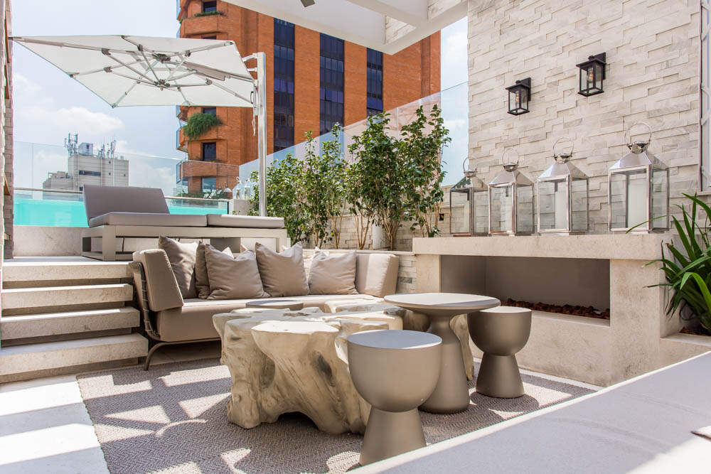 European Classic Meets Art Décor: CHECK OUT ⬇️ This Luxurious Penthouse in Brazil By Electrix Design! electrix design European Classic Meets Art Décor: CHECK OUT ⬇️ This Luxurious Penthouse in Brazil By Electrix Design! ExternalLivingElectrix