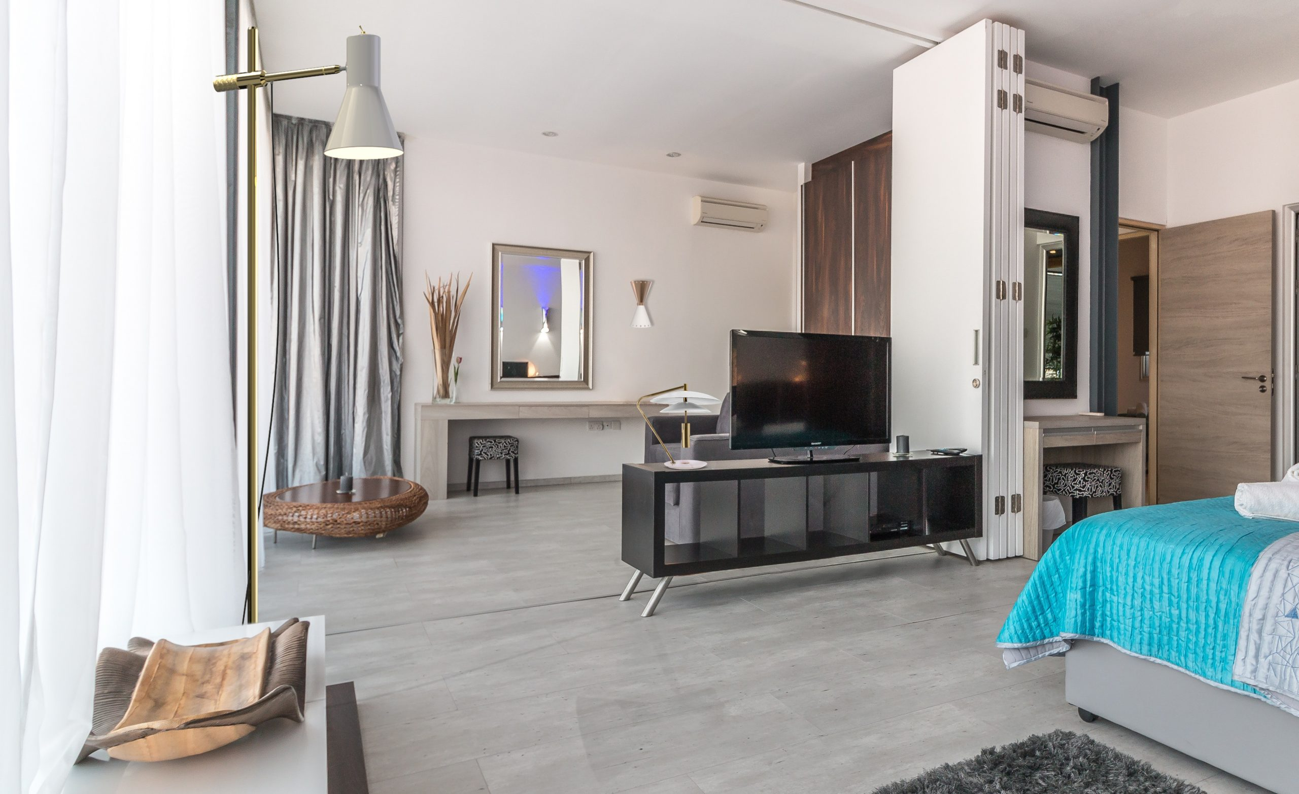 Best Deals: The Perfect TV Room Decor Lighting tv room lighting decor Best Deals: The Perfect TV Room Lighting Decor 📺 coleman piazzolla basie 2 scaled