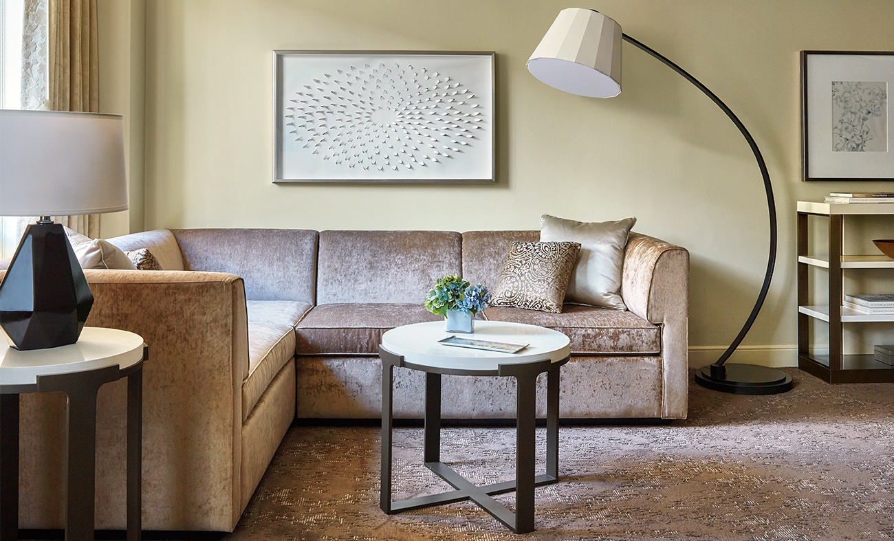 This Four Seasons DC's Bedroom Designed by ForrestPerkins is to Die For! Check out!  forrestperkins This Four Seasons DC's Bedroom Design by ForrestPerkins is to Die For! Check out! 8 2