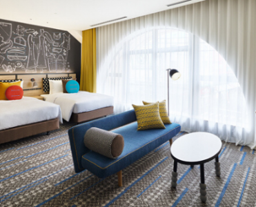 Sophisticated Style and Art Déco Boldness Coexist Beautifully in This Osaka Hospitality Project by Takashimaya Space Create takashimaya space create Sophisticated Style and Art Déco Boldness Coexist Beautifully in This Osaka Hospitality Project by Takashimaya Space Create foto capa cl 2 371x300