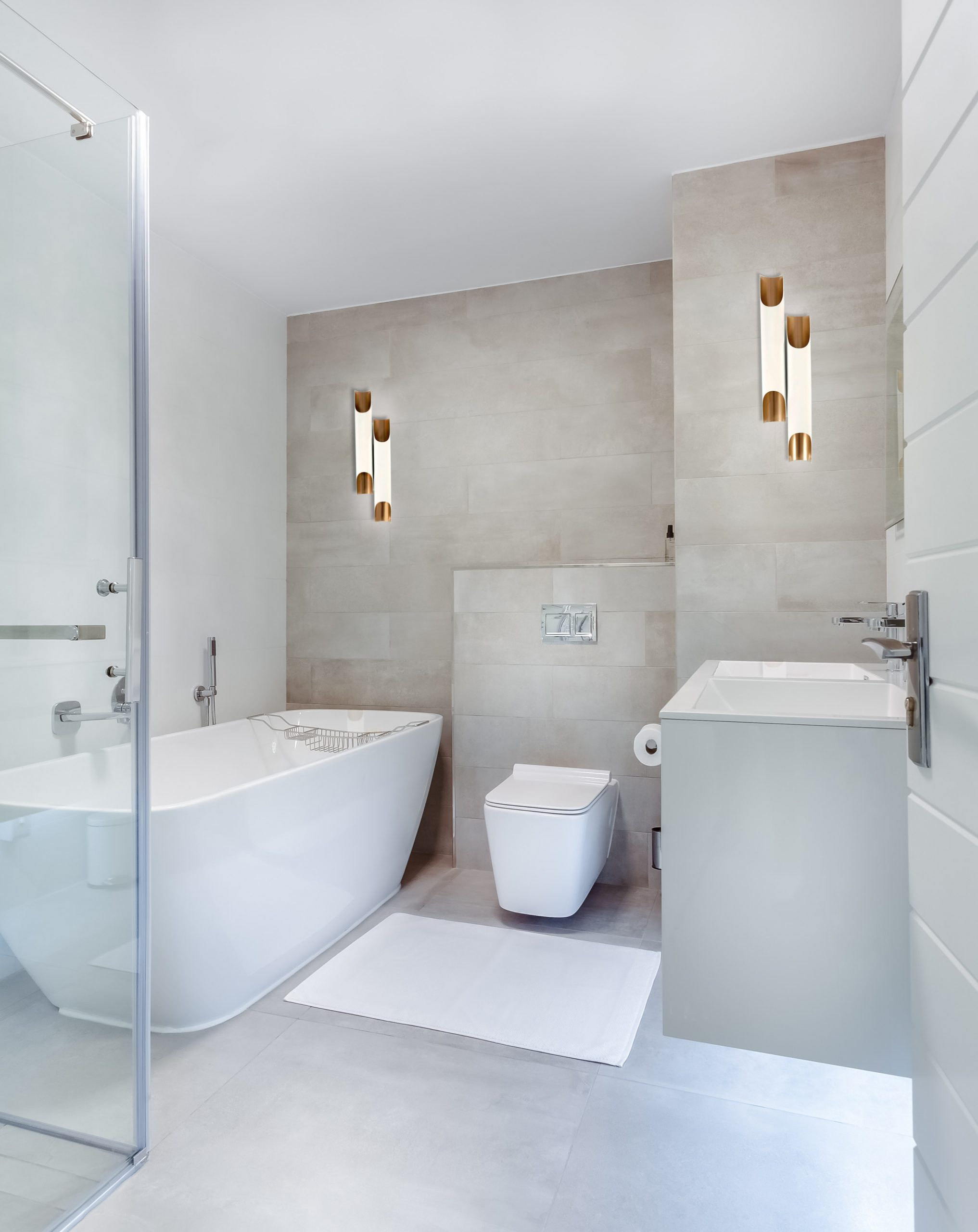 7 Functional Bathroom Lighting Pieces that Double as Décor! bathroom lighting piece 7 Functional Bathroom Lighting Pieces that Double as Décor! 1 1 scaled