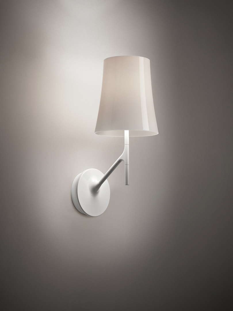 These Modern Wall Lamps Will Illuminate Your Space in Style wall lamps These Modern Wall Lamps Will Illuminate Your Space in Style 16 1