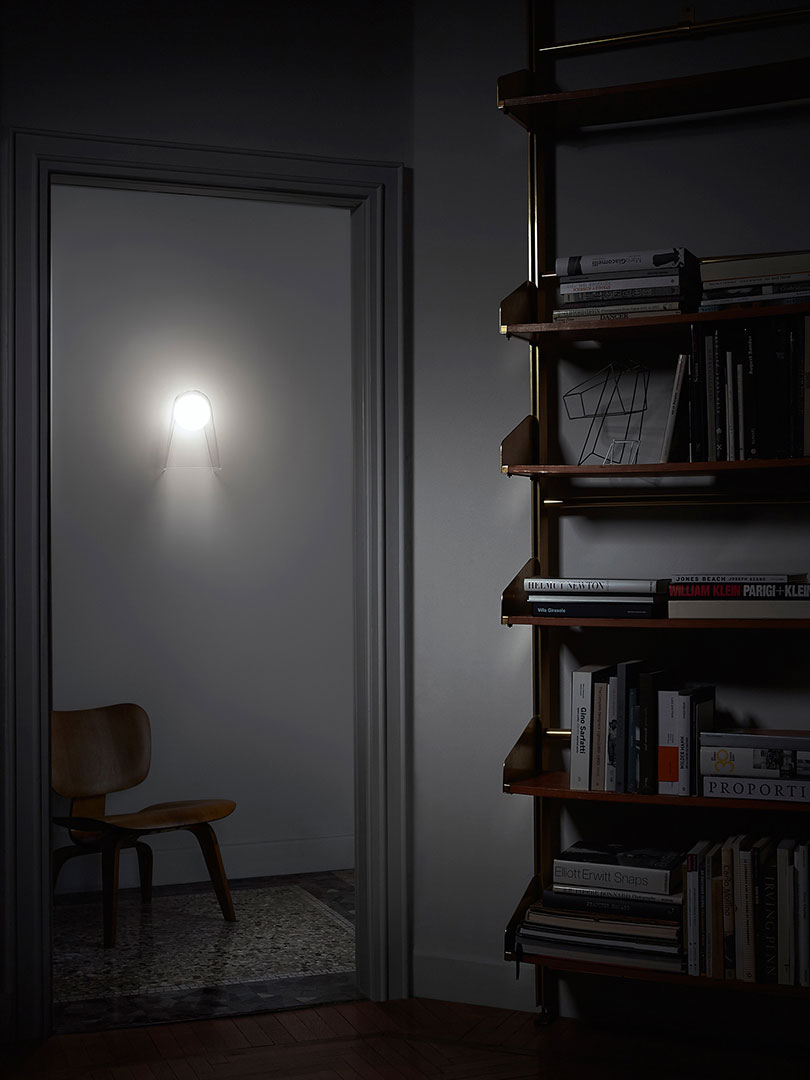 These Modern Wall Lamps Will Illuminate Your Space in Style wall lamps These Modern Wall Lamps Will Illuminate Your Space in Style 19 1